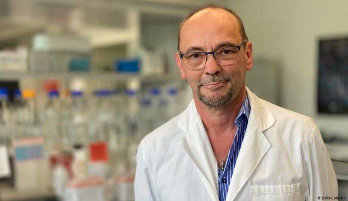 Naučnik Michael Piontek: Vakcina protiv korone za manje od jednog eura