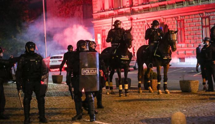 Neredi U Ljubljani