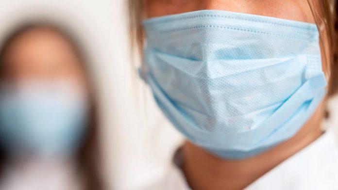 Maske blokiraju 99,9 posto velikih kapljica