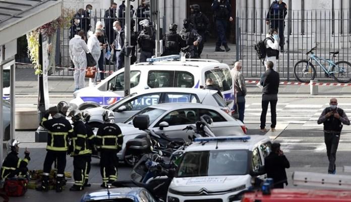 Žena kod Pariza nožem ubila bebu i nećaka, tvrdi da je bila opsjednuta