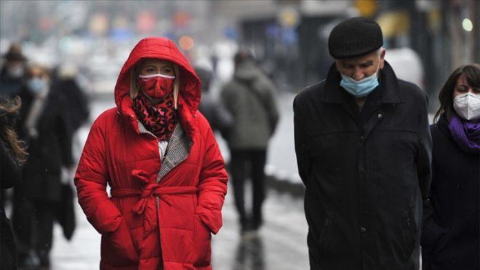 Građani BiH sve zabrinutiji zbog kašnjenja vakcinacije protiv koronavirusa