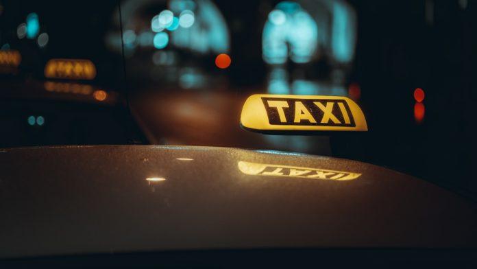 U Zenici kontrolisani taxi prevoznici, 11 vozilo bez dozvole