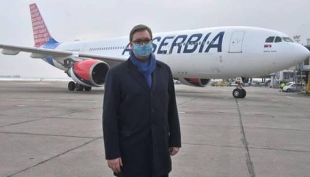 Milion doza kineske vakcine stiglo u Srbiju, primit će je i Vučić