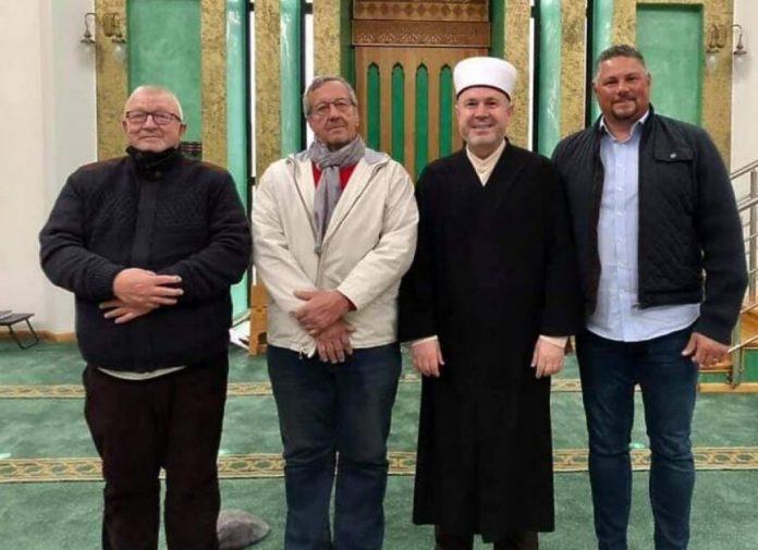 Bratić VinkaP Prešao Na Islam
