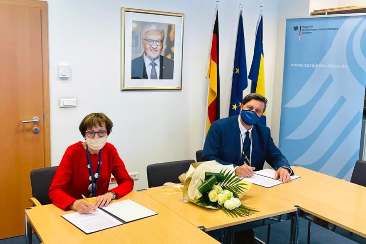 Njemačka pomaže pet bolnica u BIH sa 60.000 eura