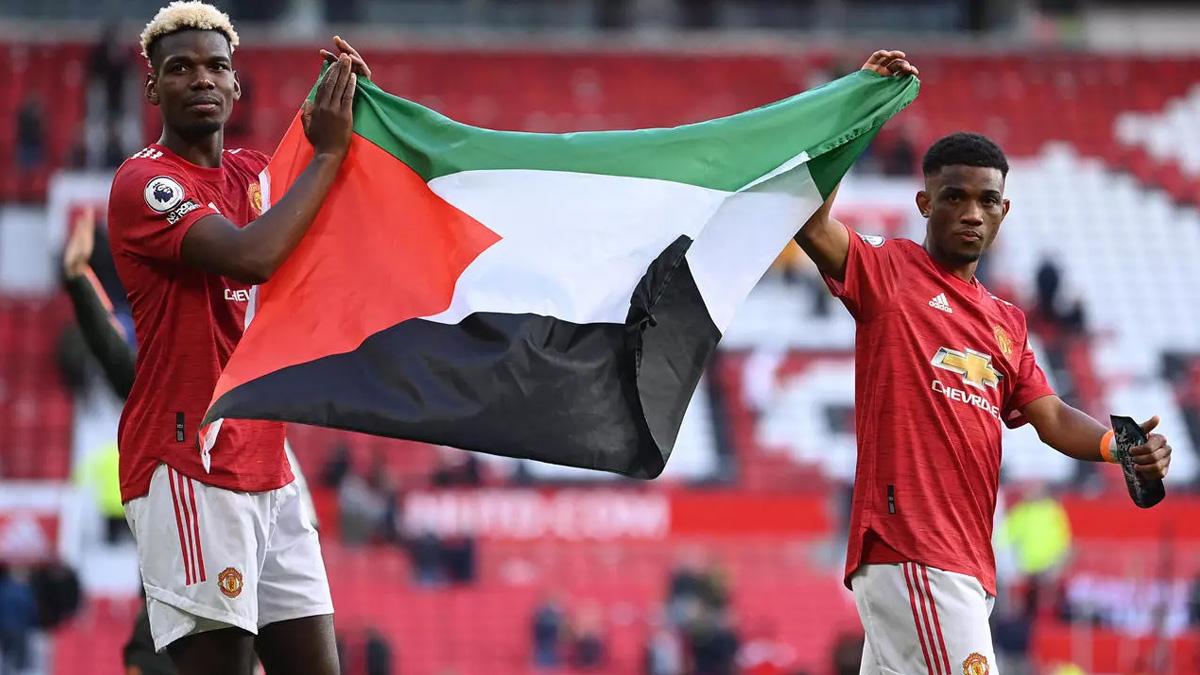 Pogba i Diallo podigli palestinsku zastavu na Old Traffordu (VIDEO)