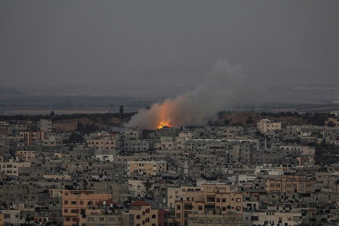 Izrael Napada Gazu