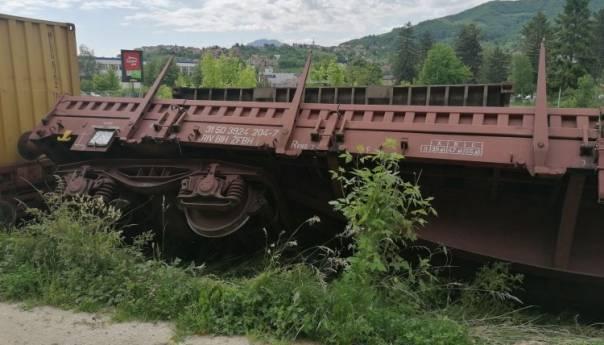 Prevrnuli Se Vagoni Zeljeznica Fbih Fna 140547 60ae098093951