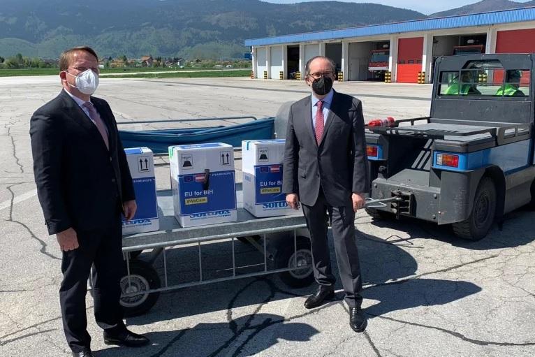 Prvi kontingent vakcina iz EU stigao u Sarajevo