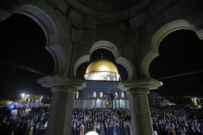 Ramazan Palestina 000 99K9CX 750x500
