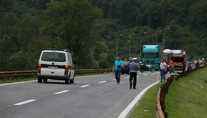 Saobraćajna nesreća kod Zenice, autom sletjela s ceste
