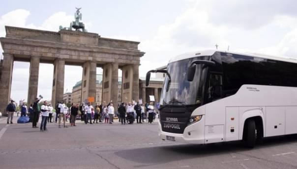 Od 25 Juna Ulazak U Njemacku Za Putnike Izvan Eu A Uslov Vakcina Njemacka Bus 60cc46228249c