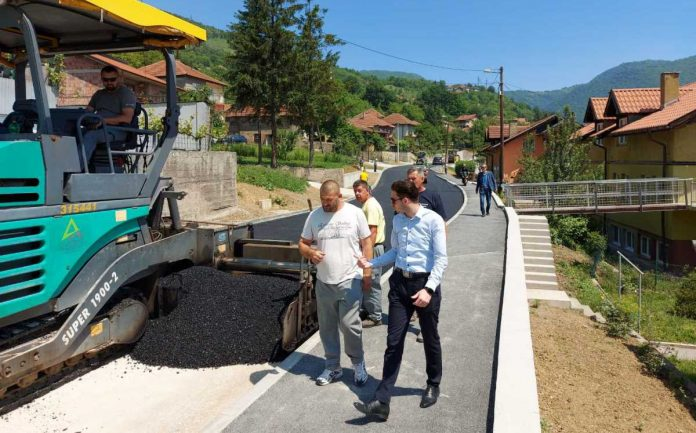 Ministar Isak obišao radove na regionalnoj cesti Tetovo - Banlozi