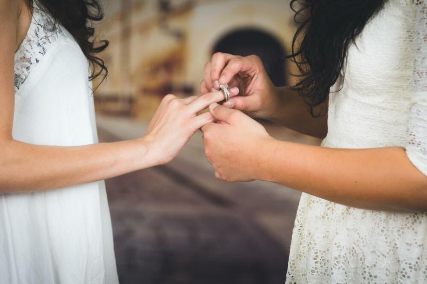 U Crnoj Gori održano prvo vjenčanje istospolnog para