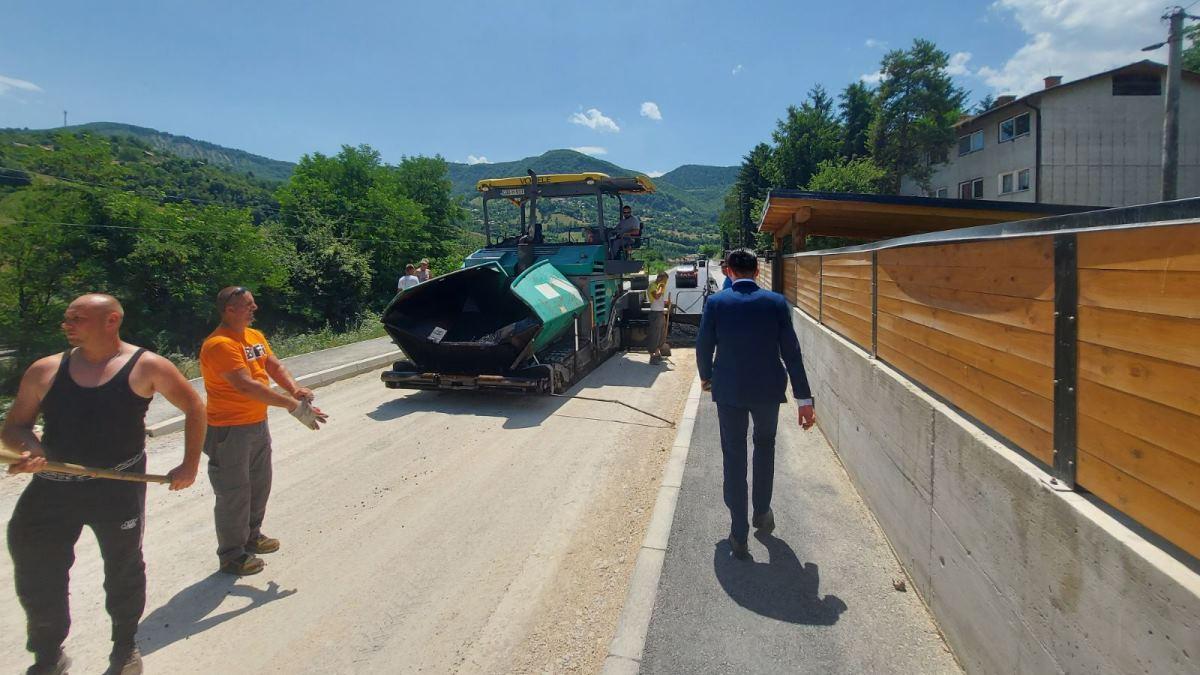 Pri kraju radovi na modernizaciji regionalne ceste kroz Janjiće (FOTO)