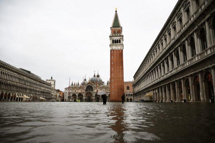 Poplave nisu zaobišle ni Italiju, najviše problema na Siciliji