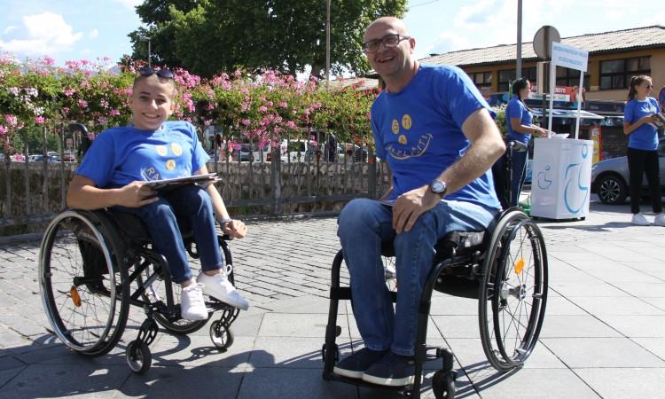 """Pod motom """"Isti a različiti"""" zenički paraplegičari se družili sa sugrađanima"""