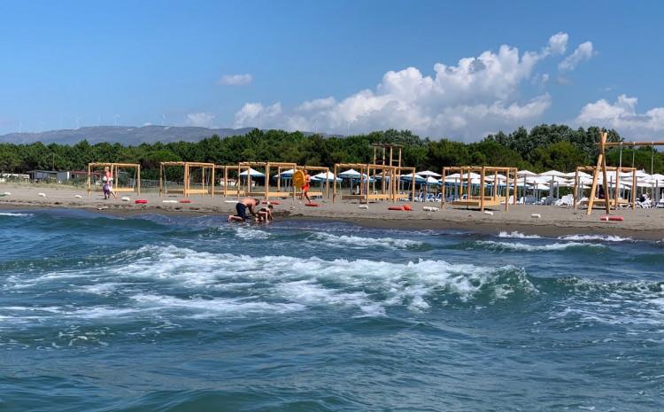Mladić iz Bosne i Hercegovine utopio se na Velikoj plaži u Ulcinju