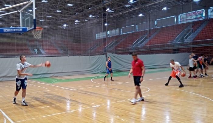 Košarkaši Čelika startali sa pripremama za narednu sezonu