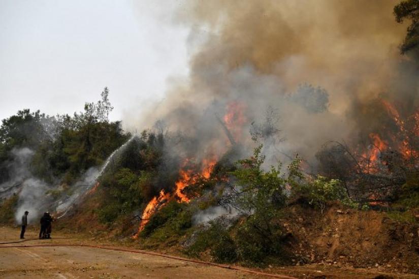 Grčka se treći dan bori s požarima, sačuvano mjesto antičkih Olimpijskih igara