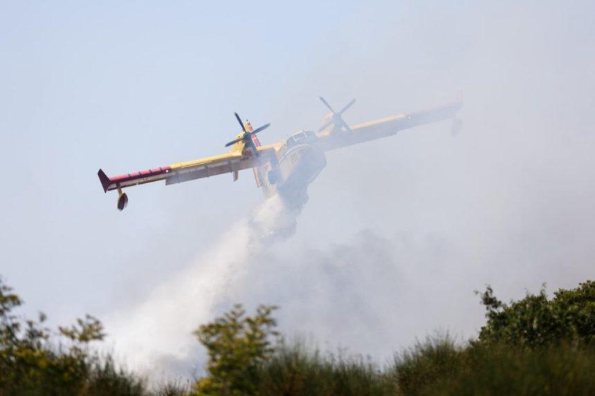 Hrvatska pomaže Turskoj u gašenju požara, upućen kanader