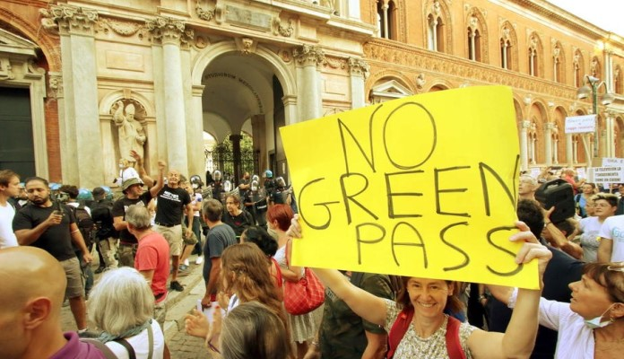 Italija uvodi obavezne Covid pasoše za radnike