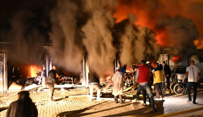 Veliki požar u bolnici u Tetovu, ima žrtava