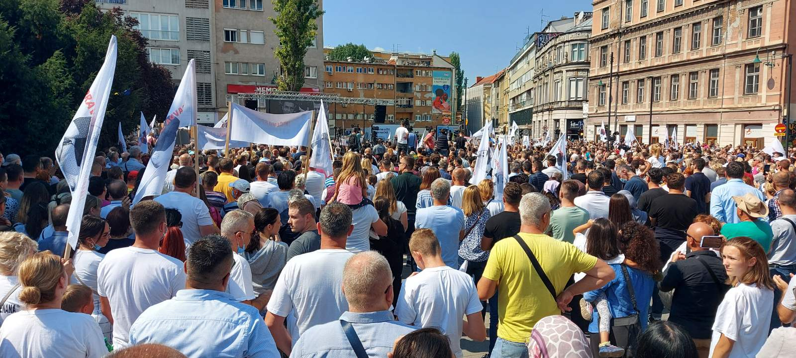 Protestom u Sarajevu do istine o smrti Dženana i Davida