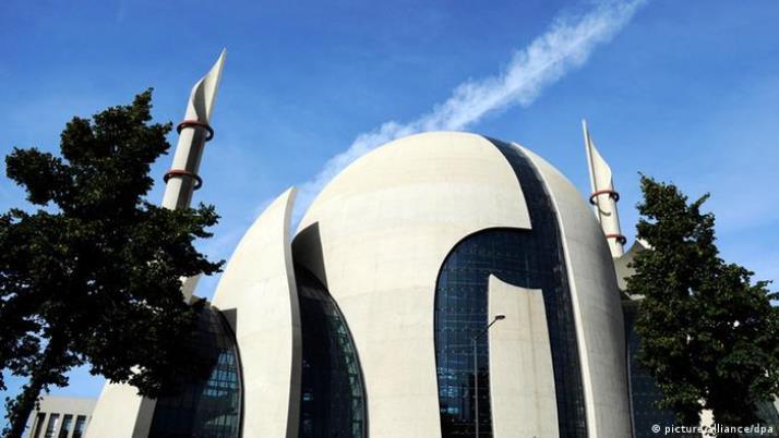 Ezani petkom i sa najveće njemačke džamije